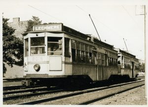 El_Lechmere: Boston Elevated Railway (BERy) car on the North Station/Lechmere branch c. 1920; courtesy West End Museum